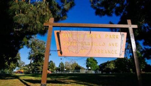 Sur La Brea Park
